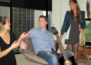 En Sydney nuestro host Pete nos cantó varios de sus temas durante nuestra estadía